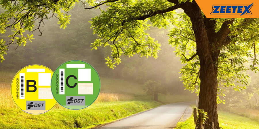 Etiquetas medioambientales de la DGT ¿es obligatorio llevarlas?